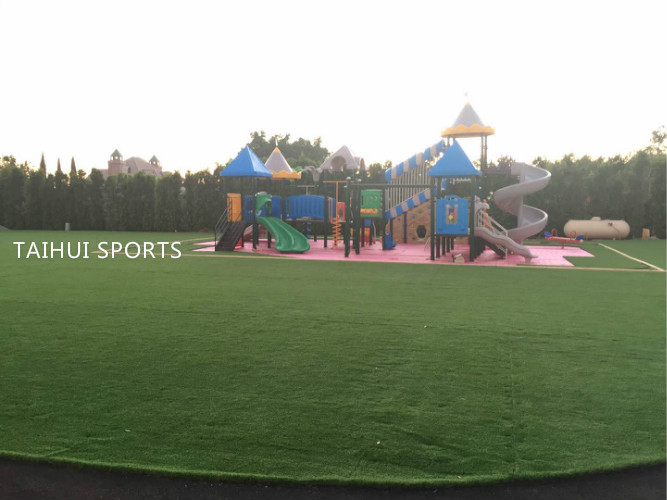 Double-Sided Grooved Artificial Grass Underlay Padding PE Foam Three Layers With Children Safety HIC Playground 2