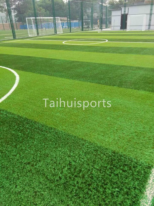 Outdoor Artificial Turf Infill Synthetic Grass UV Resistant SEBS Rubber Granules Cooling Infill Anti-Static 10